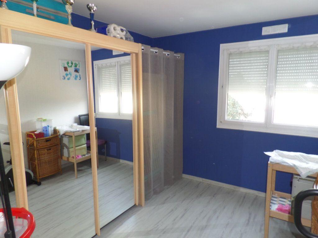 Appartement à vendre 5 93.61m2 à Caudebec-lès-Elbeuf vignette-7