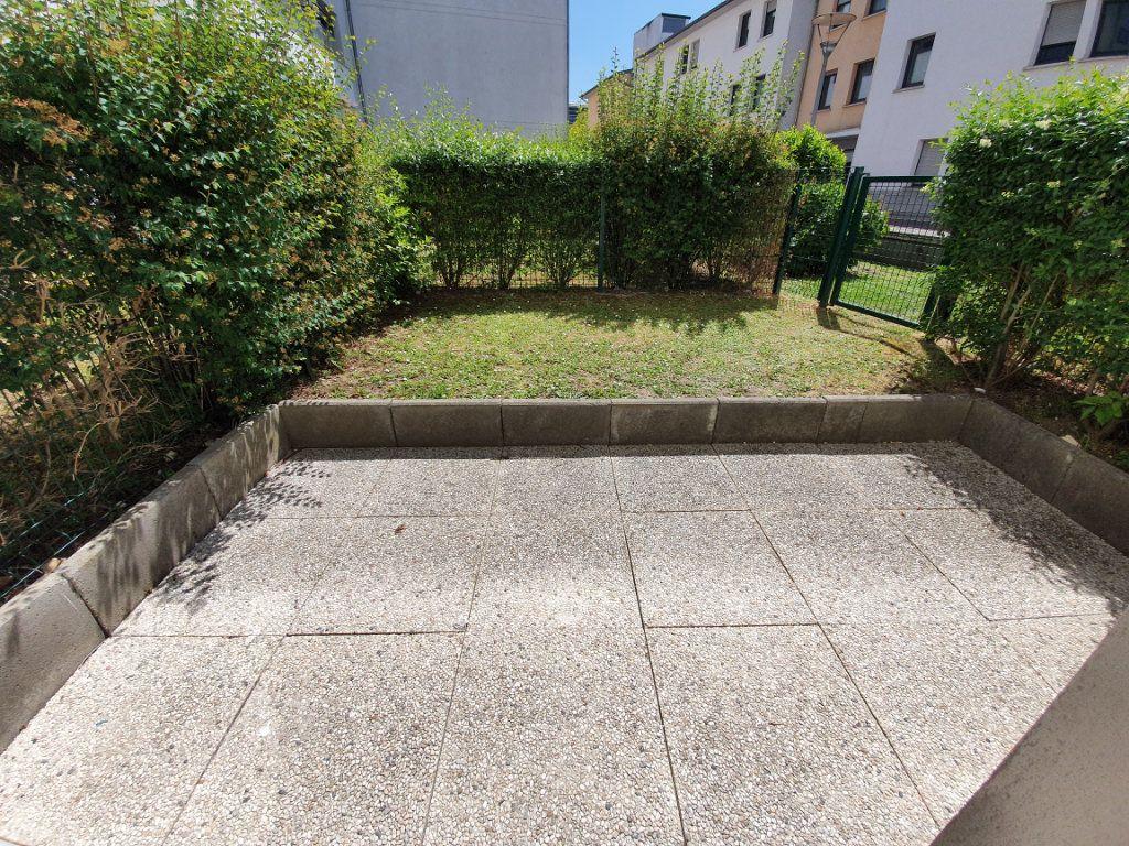 Appartement à louer 1 30m2 à Rouen vignette-1