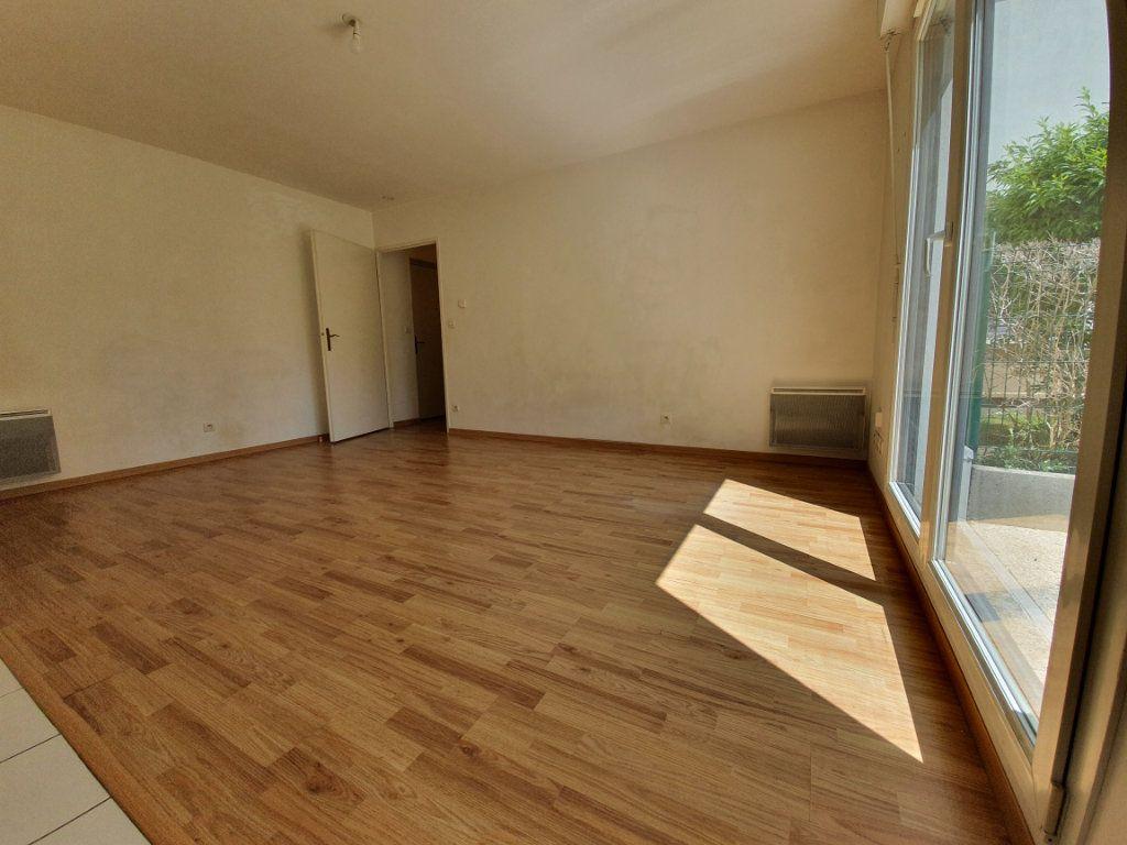 Appartement à louer 1 30m2 à Rouen vignette-3