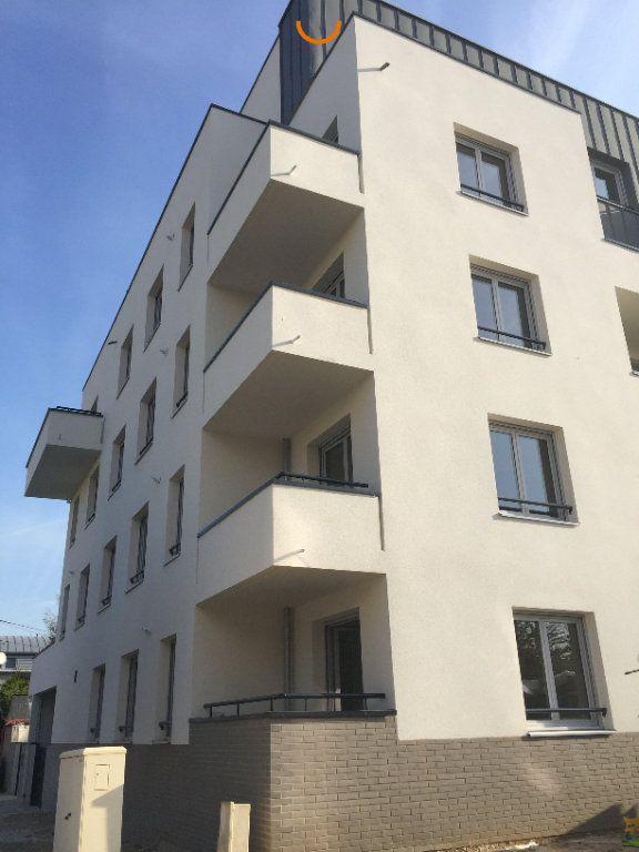 Appartement à louer 3 60.5m2 à Rouen vignette-3