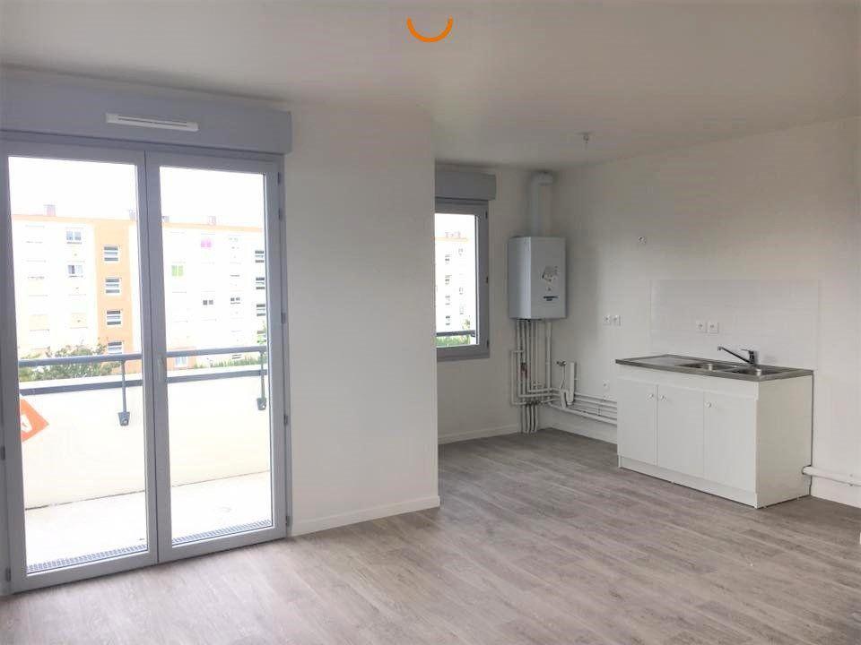 Appartement à louer 3 60.5m2 à Rouen vignette-5