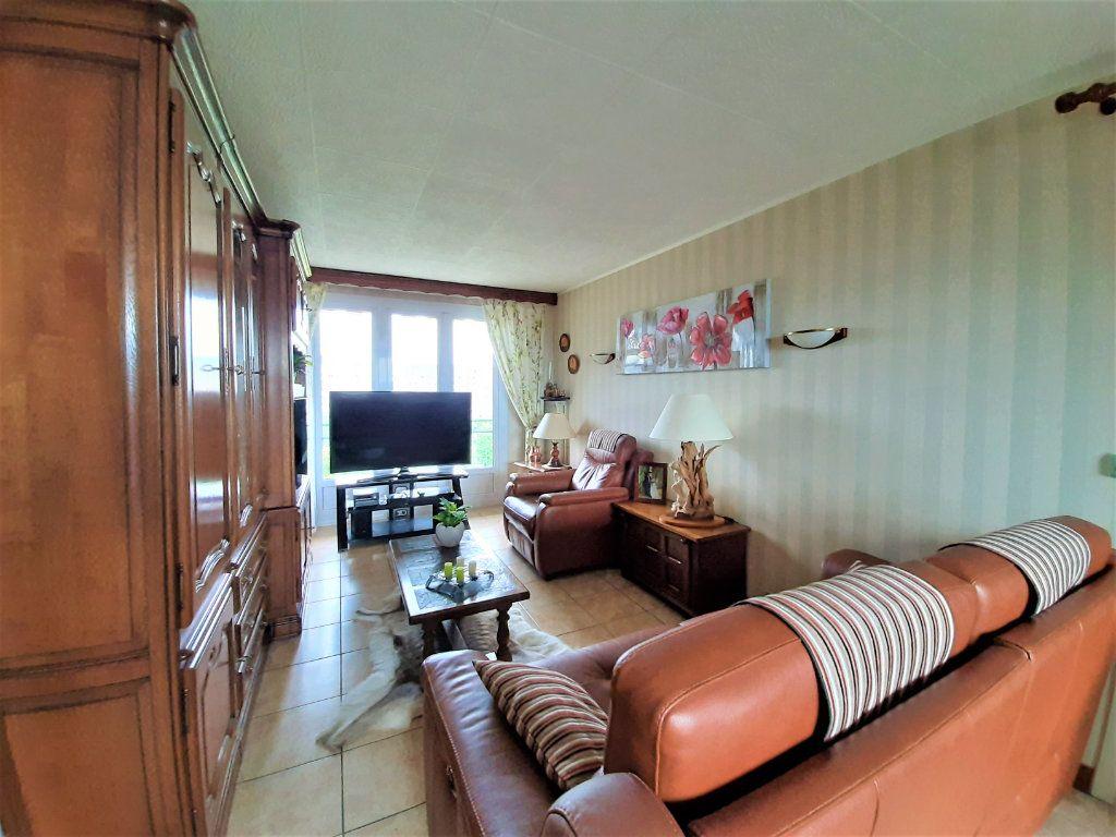 Appartement à vendre 3 79.34m2 à Sotteville-lès-Rouen vignette-3