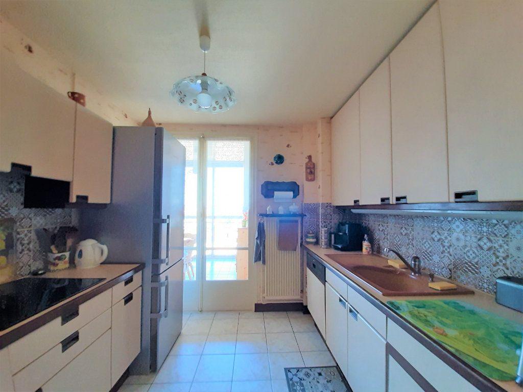 Appartement à vendre 3 79.34m2 à Sotteville-lès-Rouen vignette-4