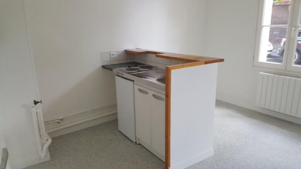Appartement à louer 1 35m2 à Elbeuf vignette-2