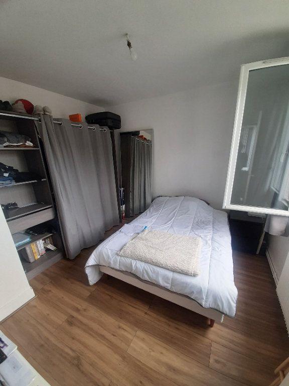 Appartement à louer 4 70m2 à Sotteville-lès-Rouen vignette-9