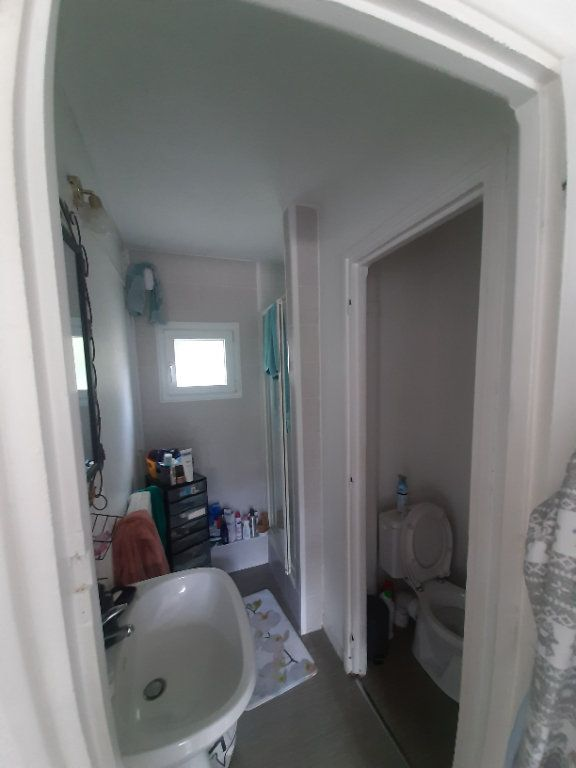 Appartement à louer 4 70m2 à Sotteville-lès-Rouen vignette-10