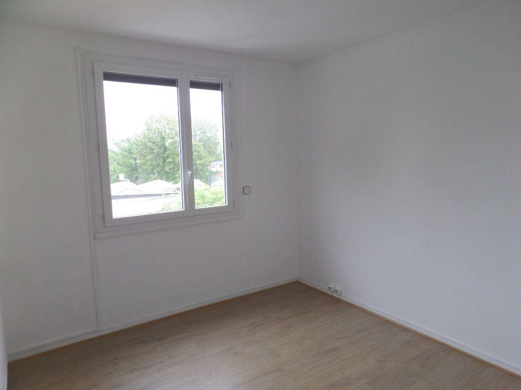 Appartement à vendre 3 56.09m2 à Saint-Aubin-lès-Elbeuf vignette-5