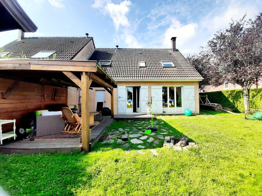 Maison à louer 5 100m2 à Grand-Couronne vignette-2