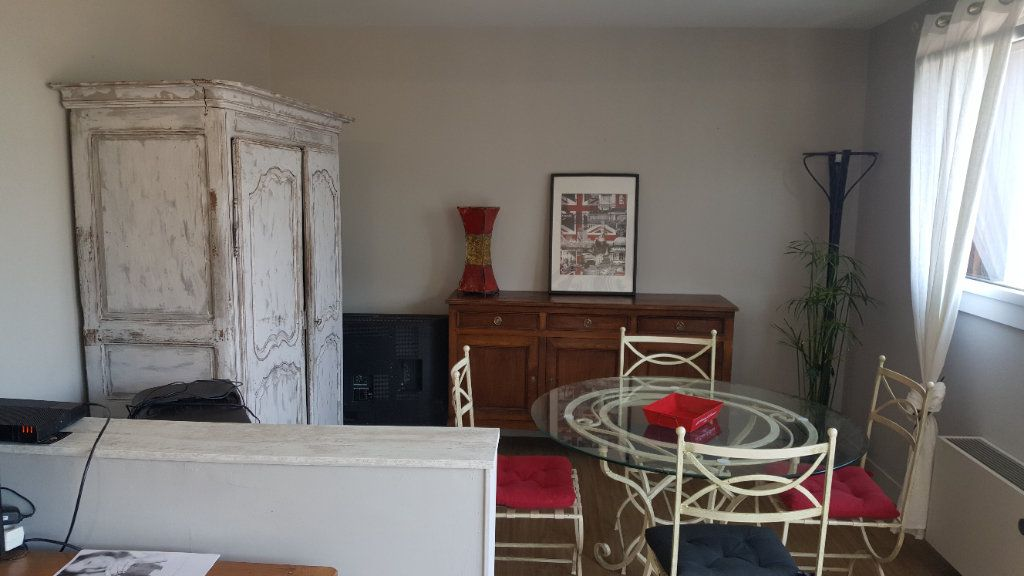 Appartement à louer 4 82.74m2 à Elbeuf vignette-8