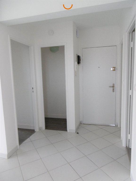 Appartement à louer 2 57m2 à Déville-lès-Rouen vignette-2