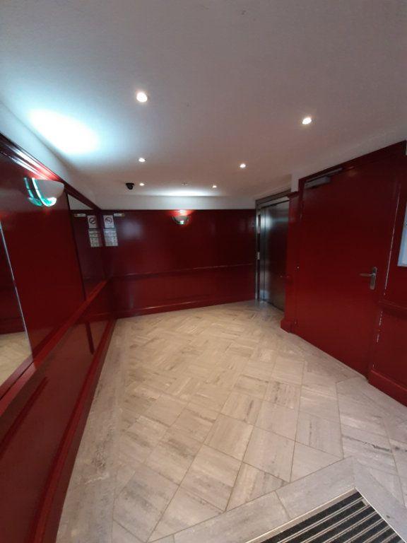 Appartement à louer 2 42.27m2 à Darnétal vignette-2