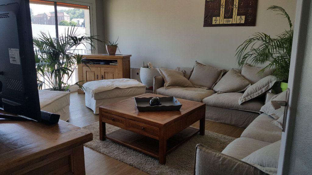 Appartement à louer 4 82.74m2 à Elbeuf vignette-1