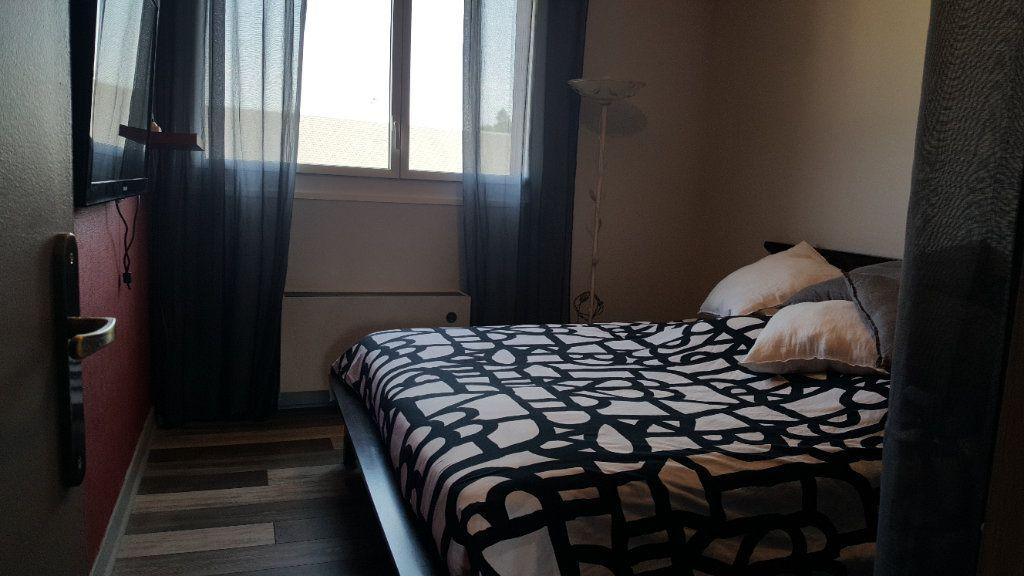 Appartement à louer 4 82.74m2 à Elbeuf vignette-11