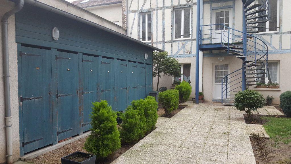 Appartement à louer 4 72m2 à Elbeuf vignette-9