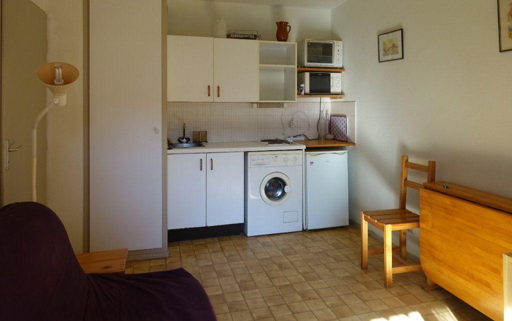 Appartement à vendre 2 23m2 à Saint-Cyprien vignette-2