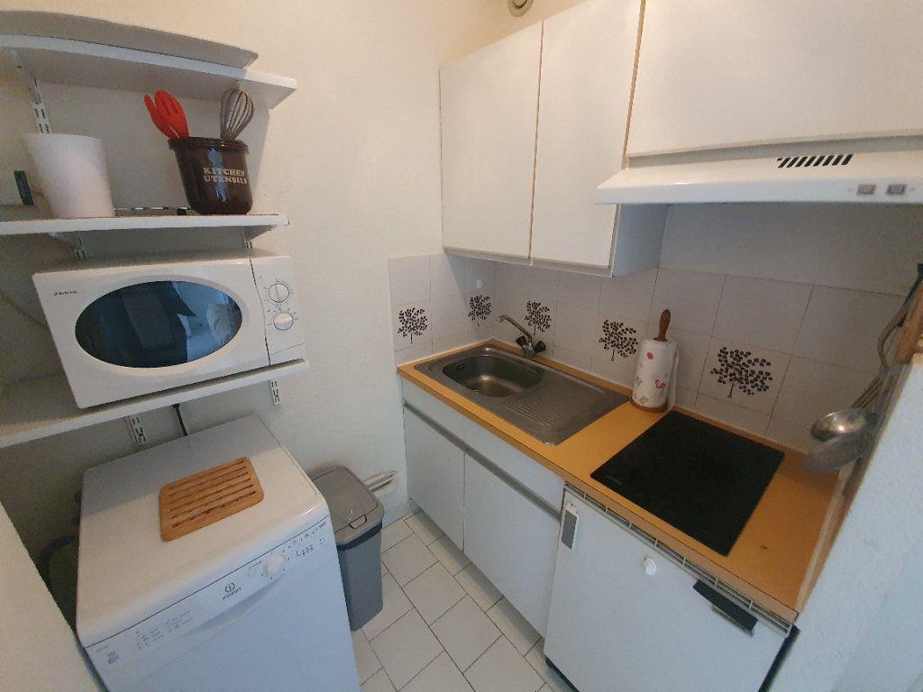 Appartement à vendre 2 24.8m2 à Saint-Cyprien vignette-4
