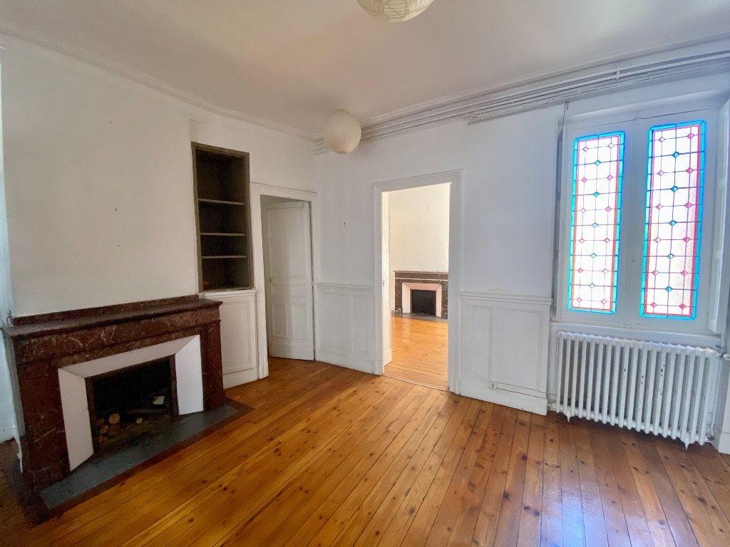 Appartement à vendre 3 112m2 à Toulouse vignette-2