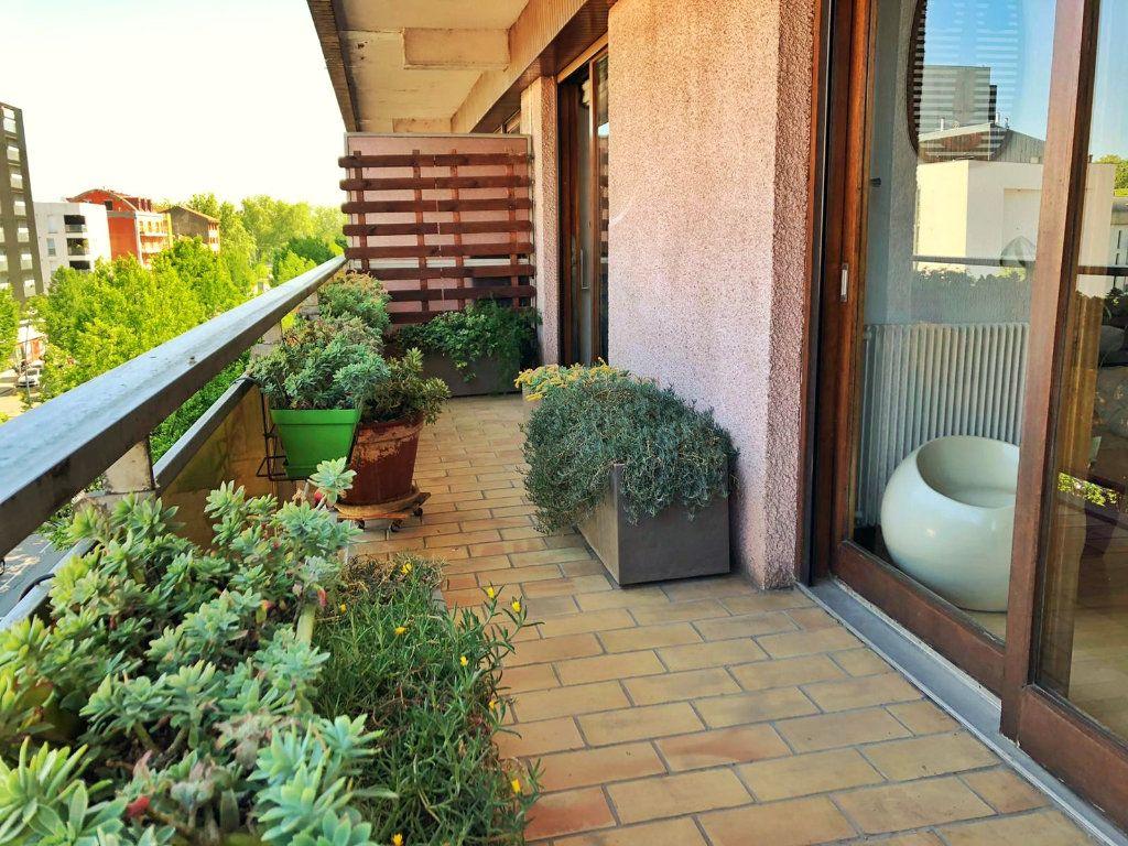 Appartement à vendre 5 119m2 à Toulouse vignette-5