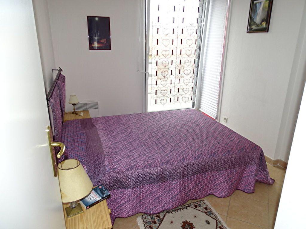 Appartement à louer 3 63m2 à Nice vignette-5