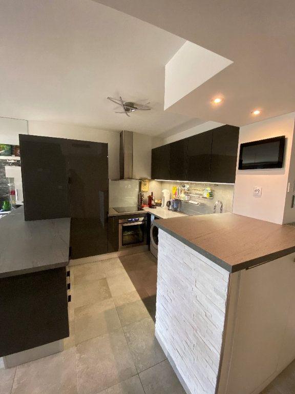 Appartement à vendre 2 42.2m2 à Antibes vignette-9