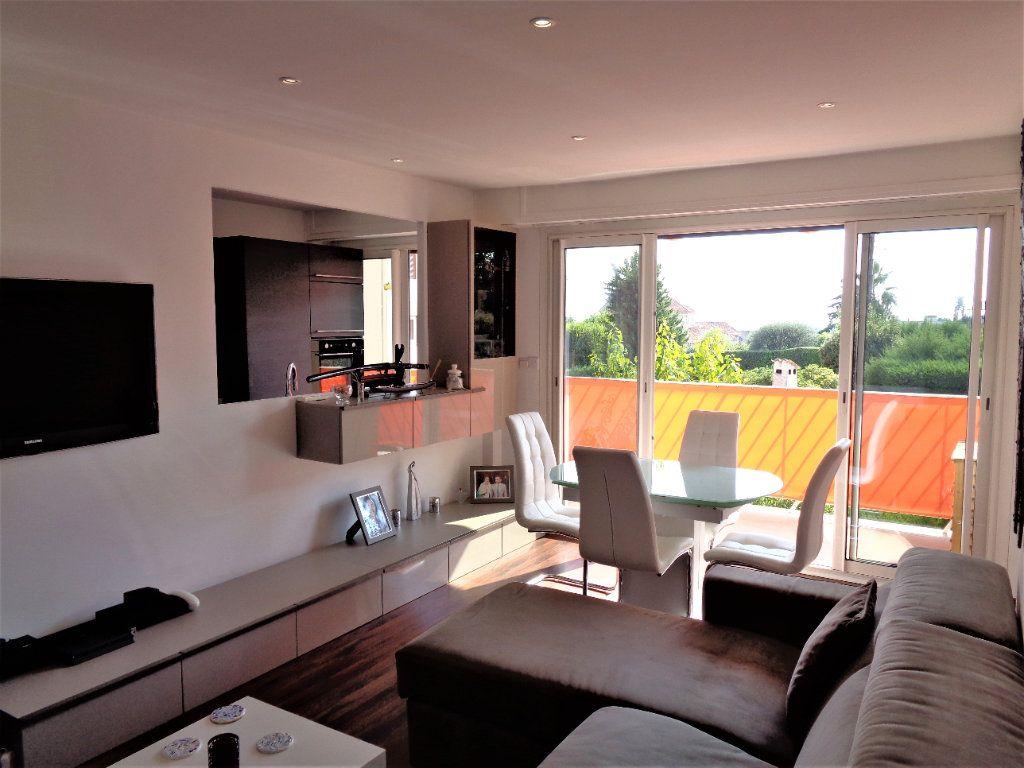 Appartement à vendre 2 47.32m2 à Vence vignette-1