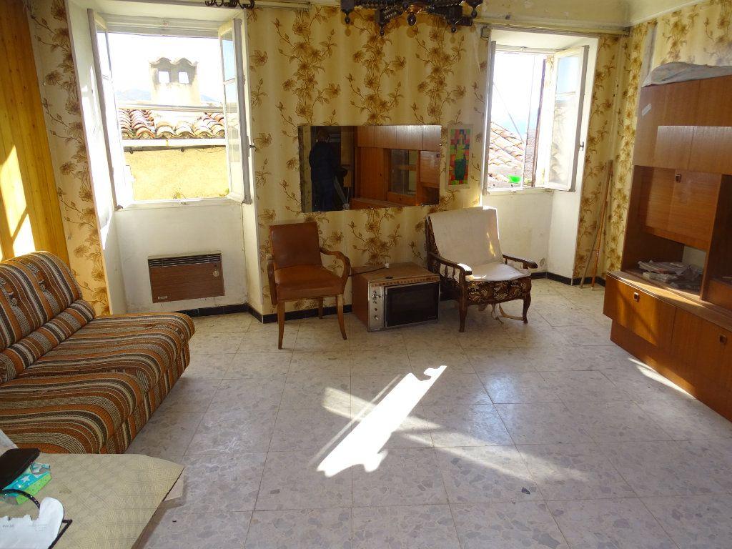 Appartement à vendre 2 56m2 à Berre-les-Alpes vignette-1
