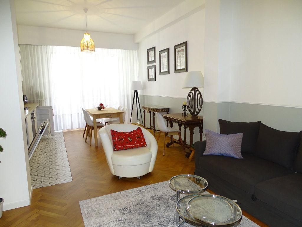 Appartement à louer 2 54.34m2 à Nice vignette-1