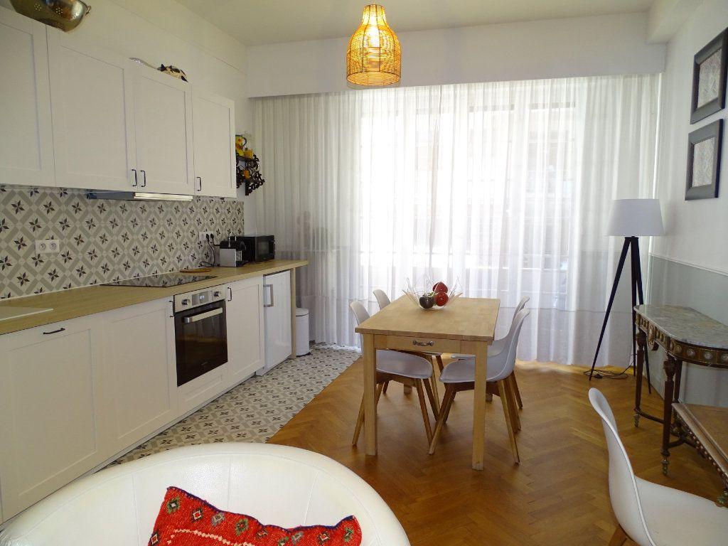 Appartement à louer 2 54.34m2 à Nice vignette-3