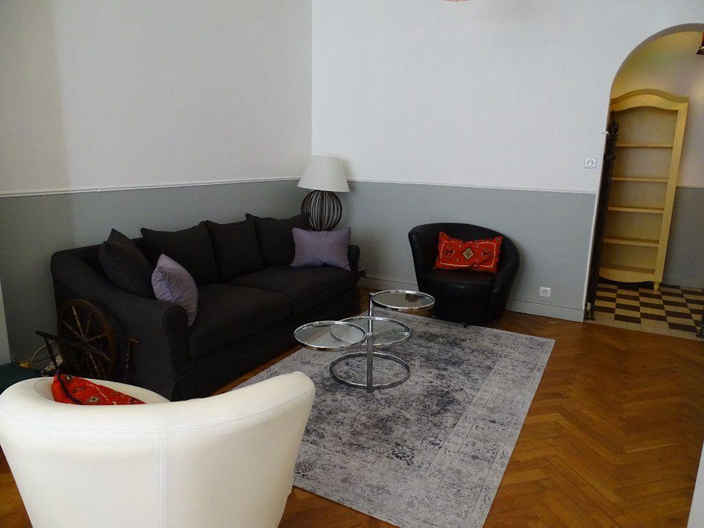 Appartement à louer 2 54.34m2 à Nice vignette-4