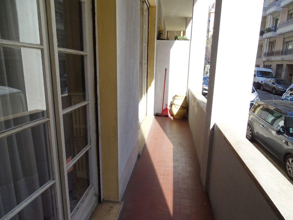 Appartement à louer 2 54.34m2 à Nice vignette-6