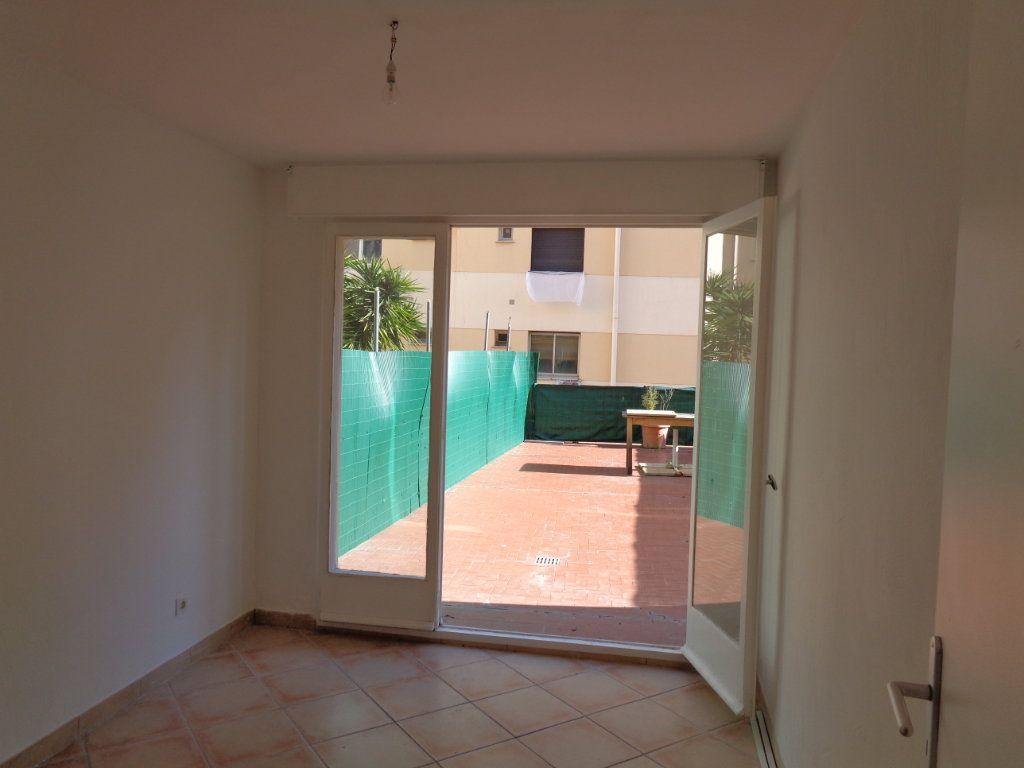 Appartement à vendre 2 54.85m2 à Cagnes-sur-Mer vignette-3
