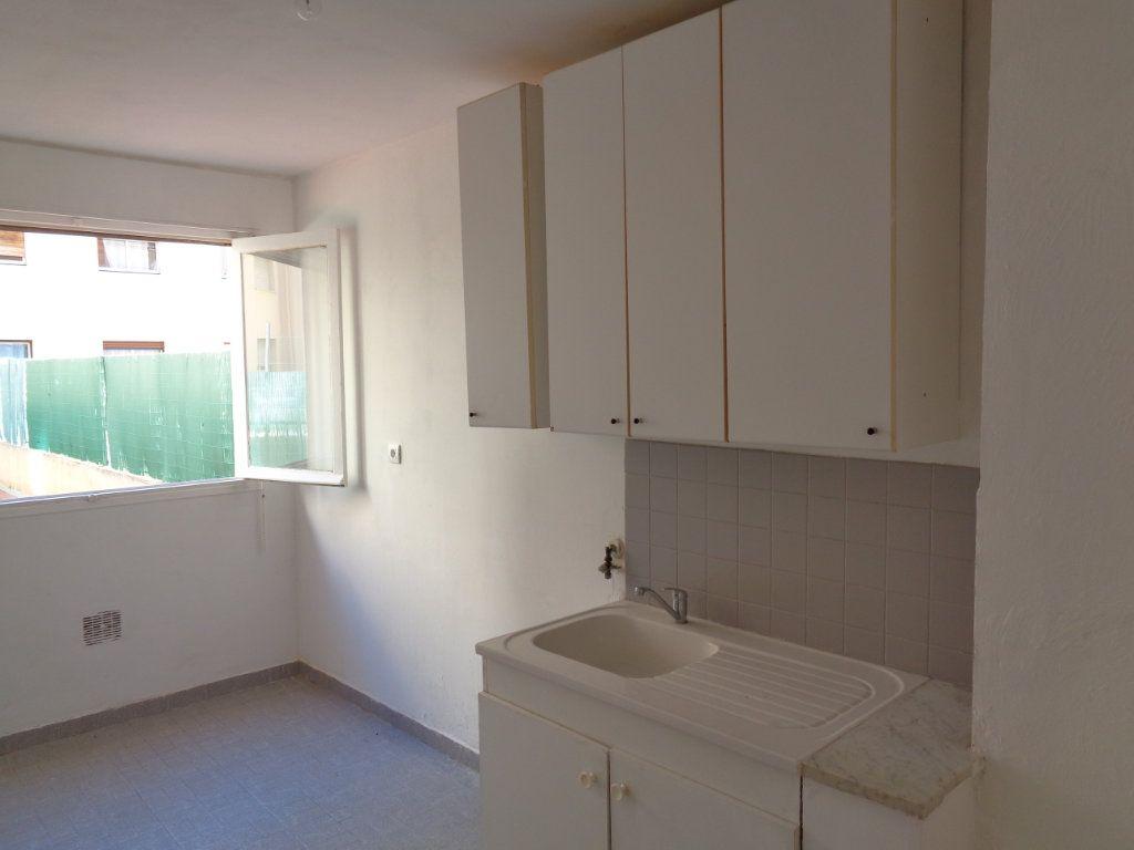 Appartement à vendre 2 54.85m2 à Cagnes-sur-Mer vignette-6
