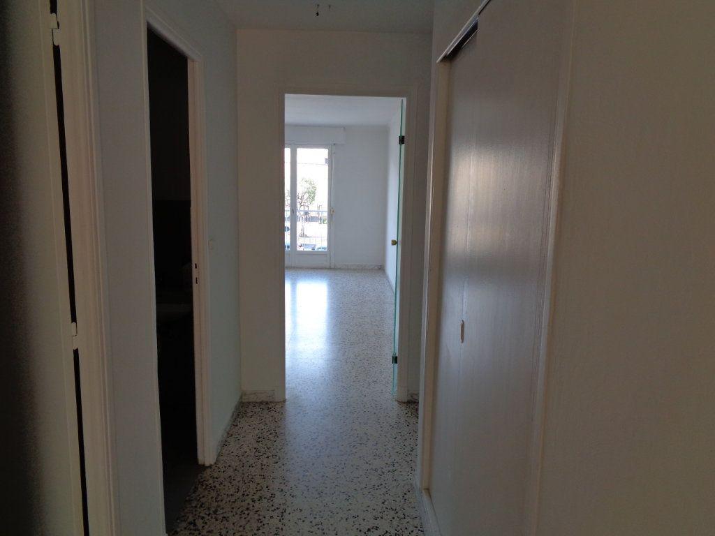 Appartement à vendre 2 54.85m2 à Cagnes-sur-Mer vignette-8
