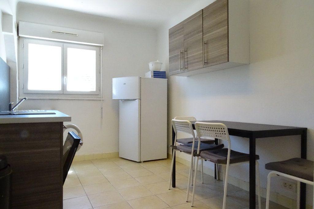 Appartement à louer 2 43.4m2 à Nice vignette-6