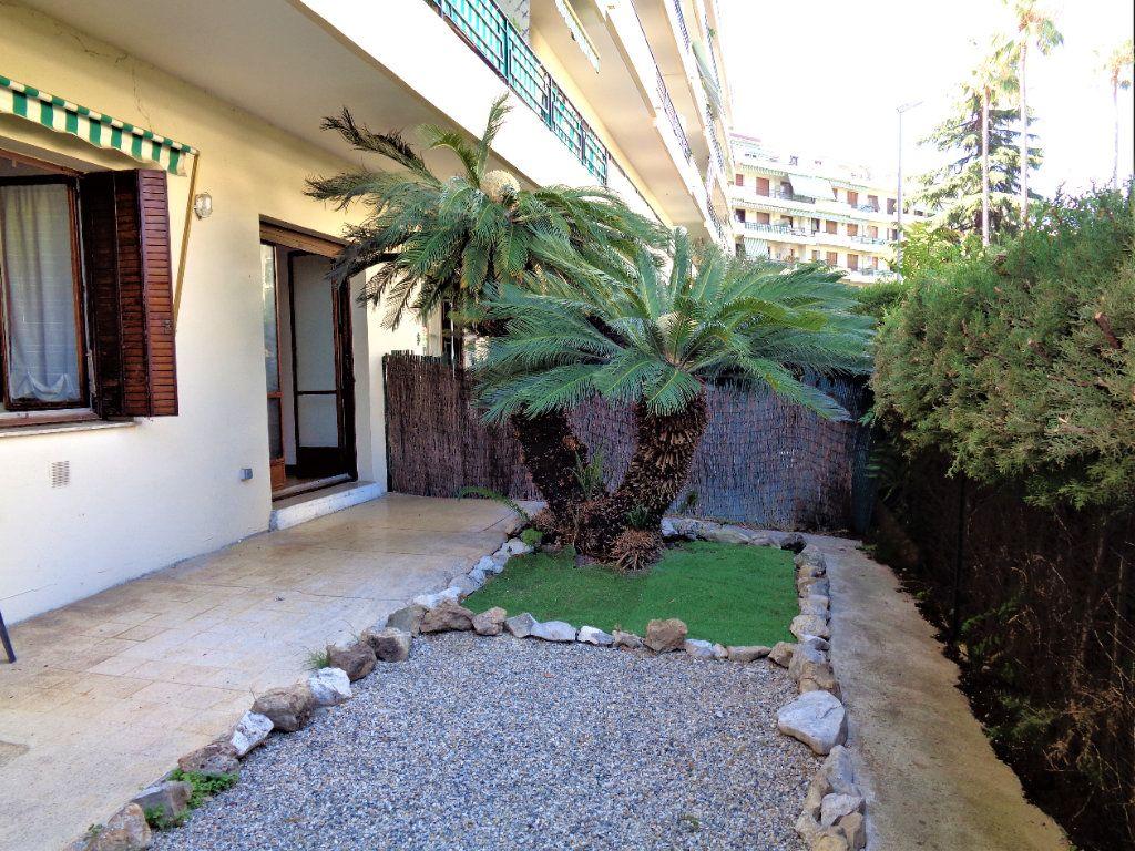 Appartement à vendre 2 53.71m2 à Nice vignette-2