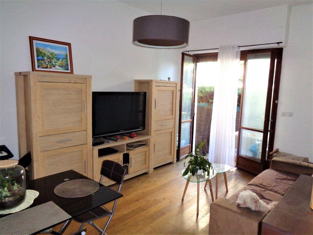 Appartement à vendre 2 53.71m2 à Nice vignette-3