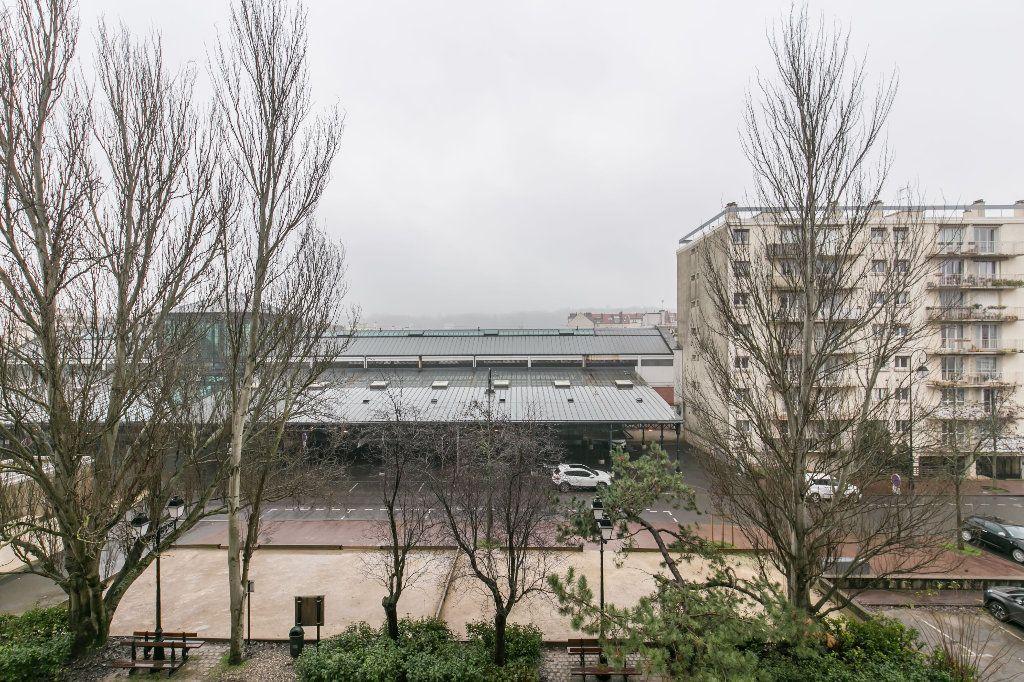 Appartement à vendre 3 62m2 à La Varenne - Saint-Maur-des-Fossés vignette-9