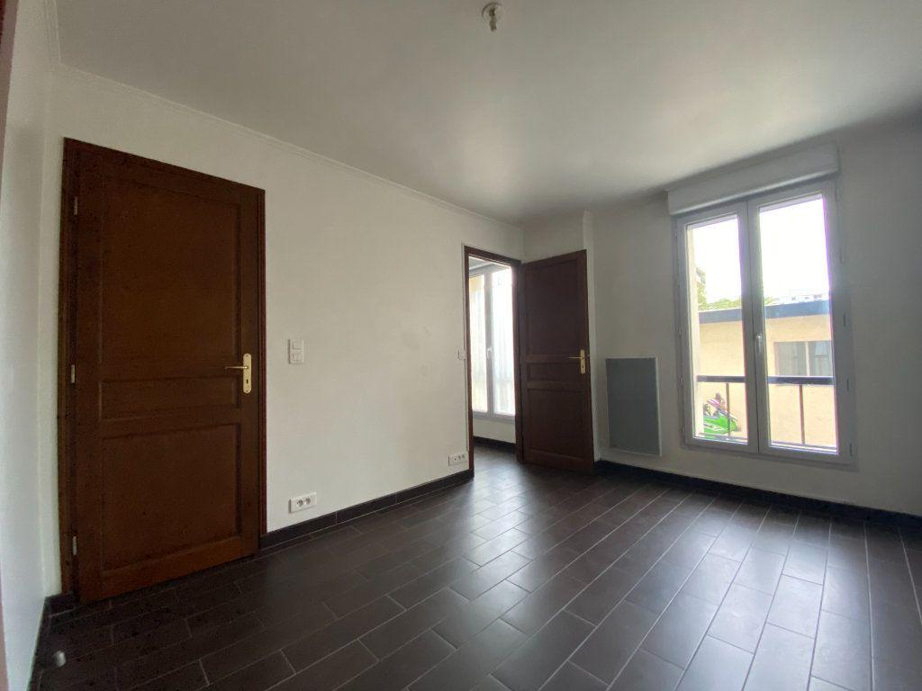 Appartement à louer 2 28.87m2 à Saint-Maur-des-Fossés vignette-5