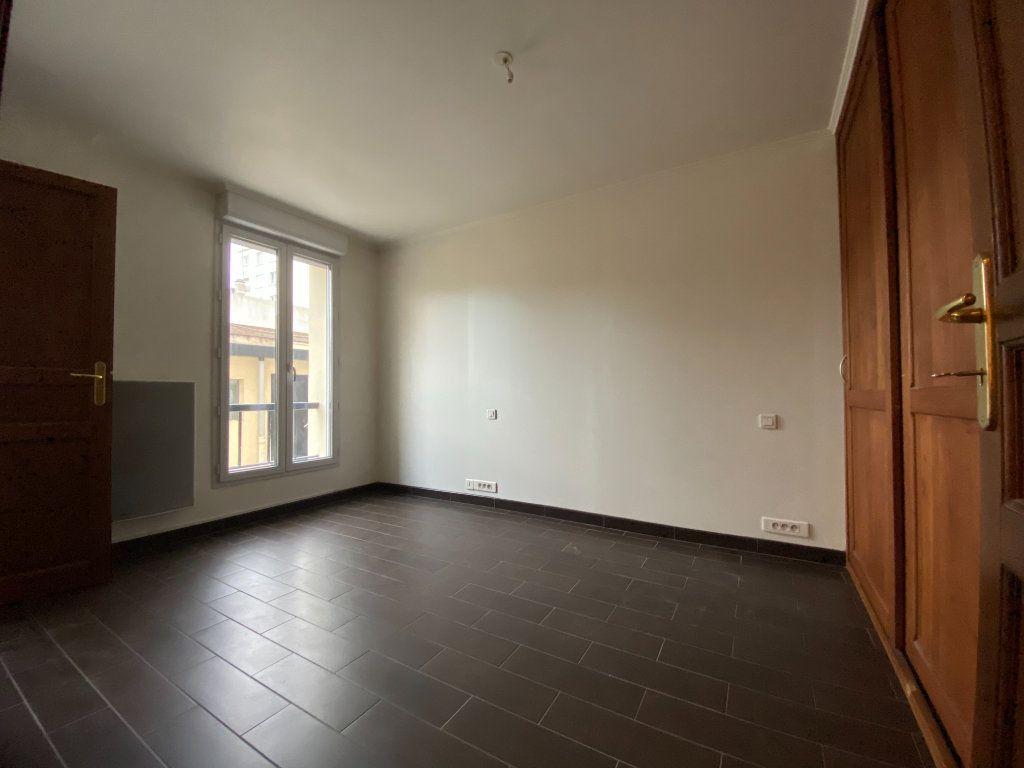 Appartement à louer 2 28.87m2 à Saint-Maur-des-Fossés vignette-7