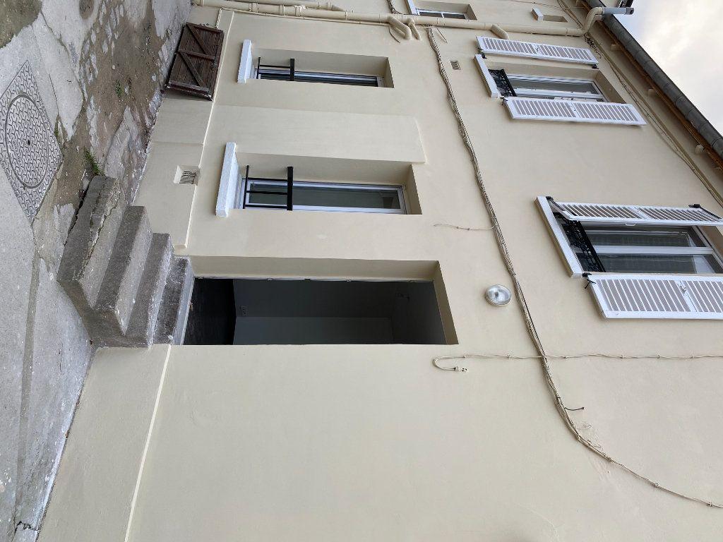 Appartement à louer 2 28.87m2 à Saint-Maur-des-Fossés vignette-9