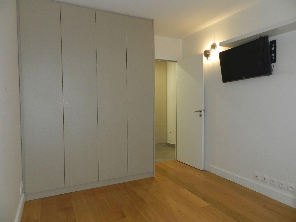 Appartement à louer 2 54.61m2 à La Varenne - Saint-Maur-des-Fossés vignette-6