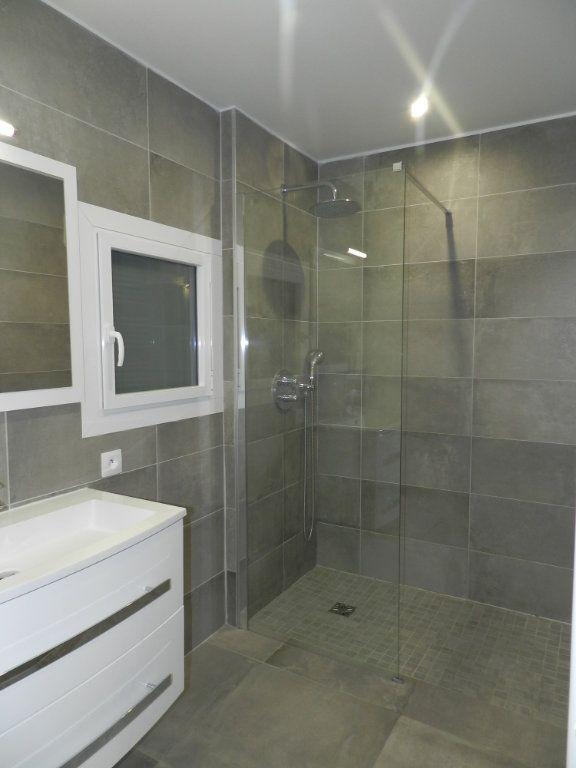 Appartement à louer 2 54.61m2 à La Varenne - Saint-Maur-des-Fossés vignette-8