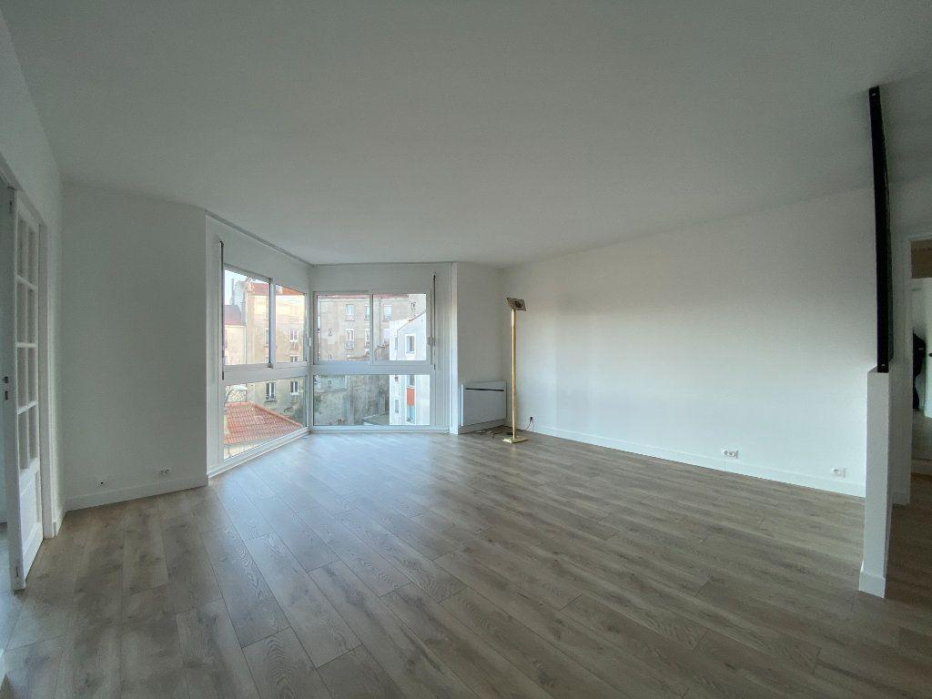 Appartement à louer 2 57.39m2 à Saint-Maur-des-Fossés vignette-4