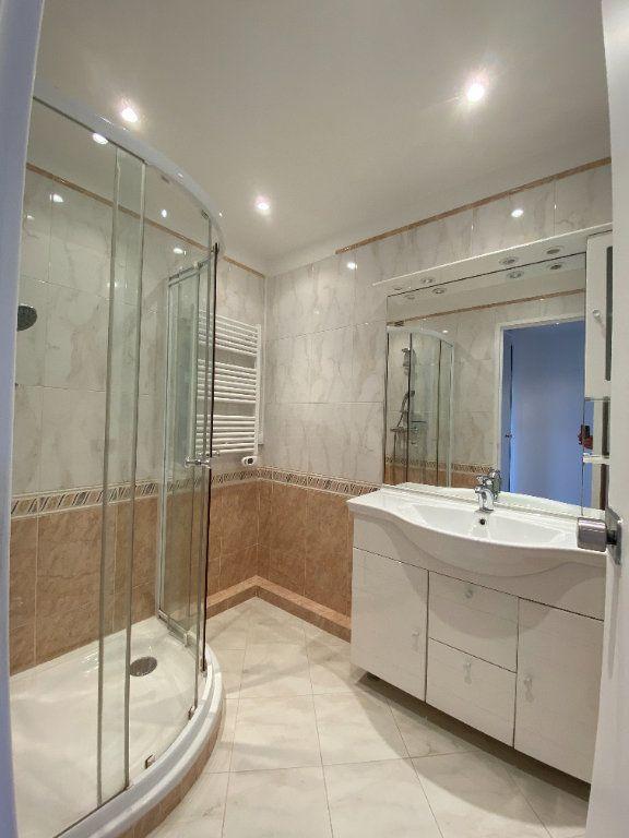 Appartement à louer 2 57.39m2 à Saint-Maur-des-Fossés vignette-8