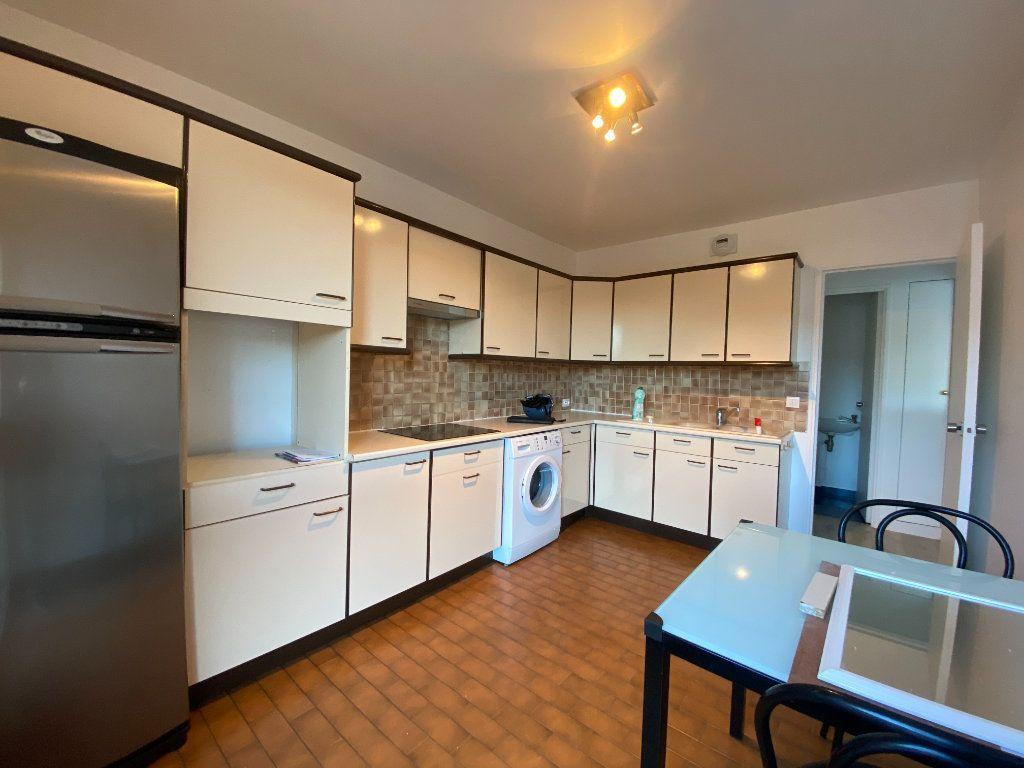 Appartement à louer 2 57.39m2 à Saint-Maur-des-Fossés vignette-9