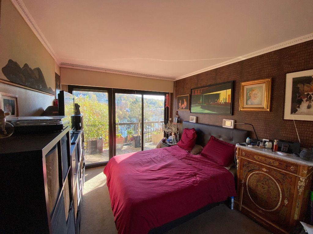 Appartement à vendre 5 106.21m2 à La Varenne - Saint-Maur-des-Fossés vignette-4