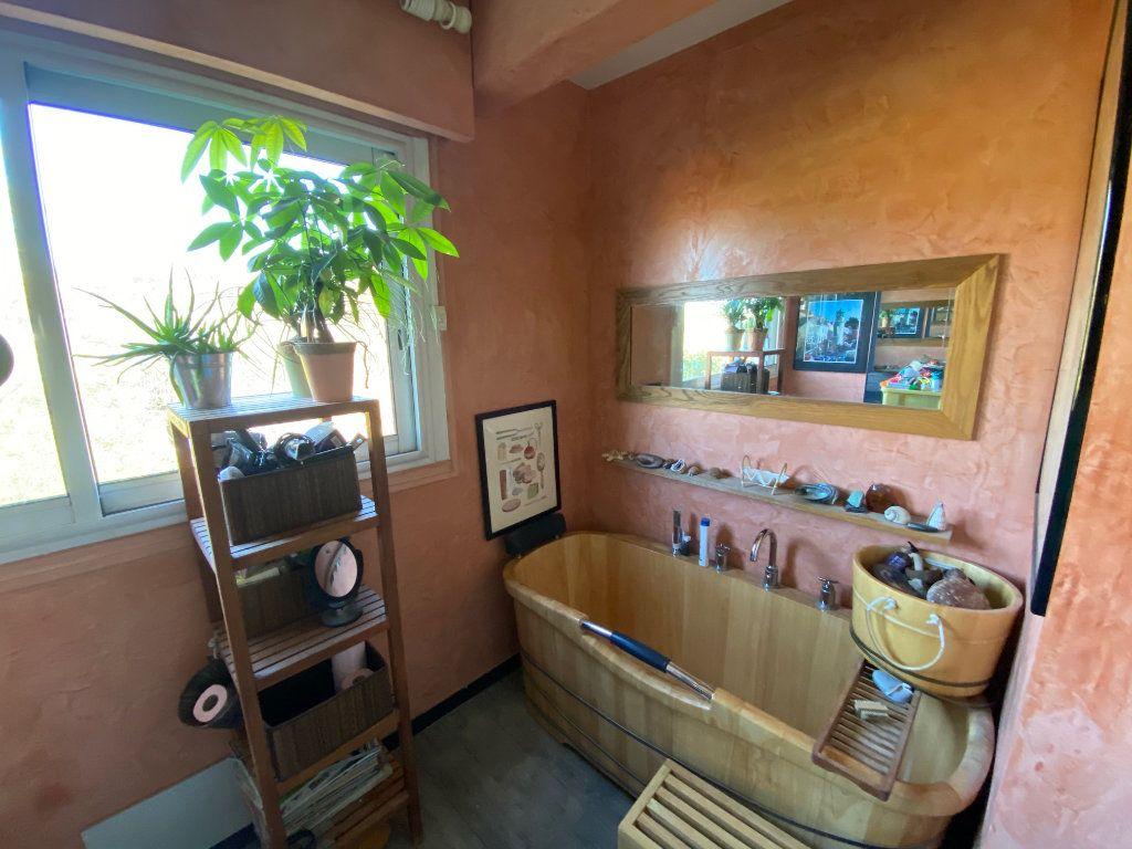 Appartement à vendre 5 106.21m2 à La Varenne - Saint-Maur-des-Fossés vignette-9