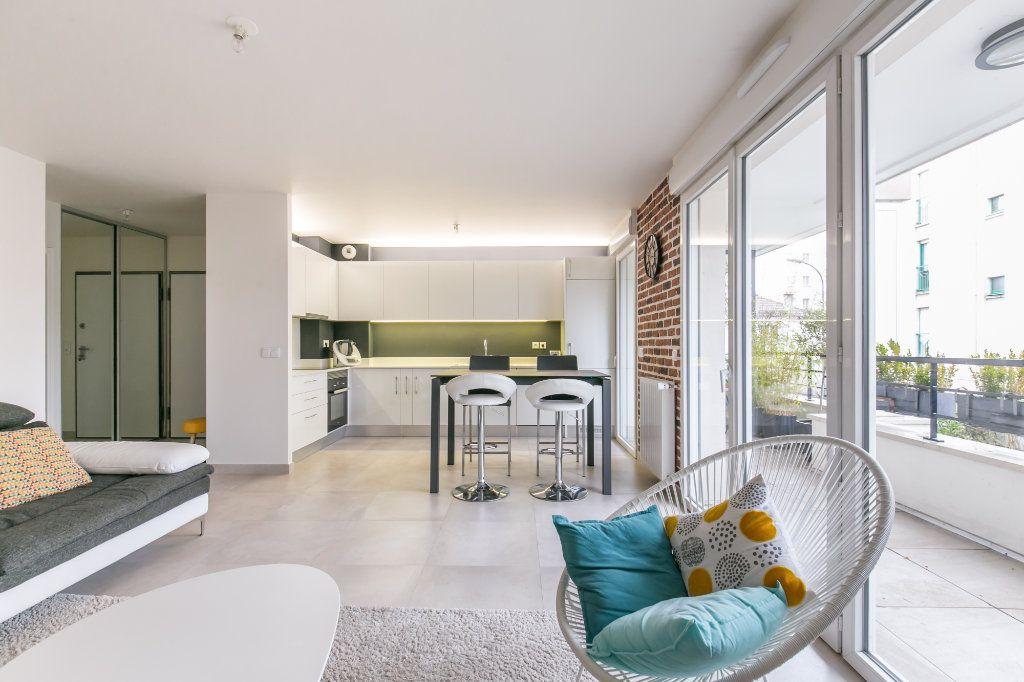 Appartement à vendre 3 68.26m2 à La Varenne - Saint-Maur-des-Fossés vignette-1
