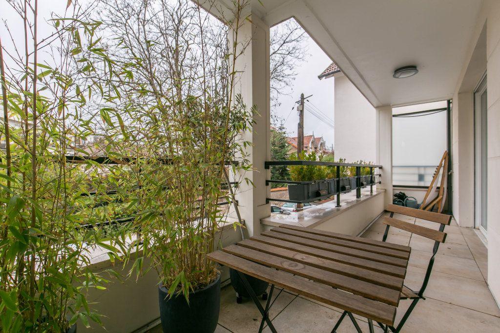 Appartement à vendre 3 68.26m2 à La Varenne - Saint-Maur-des-Fossés vignette-7