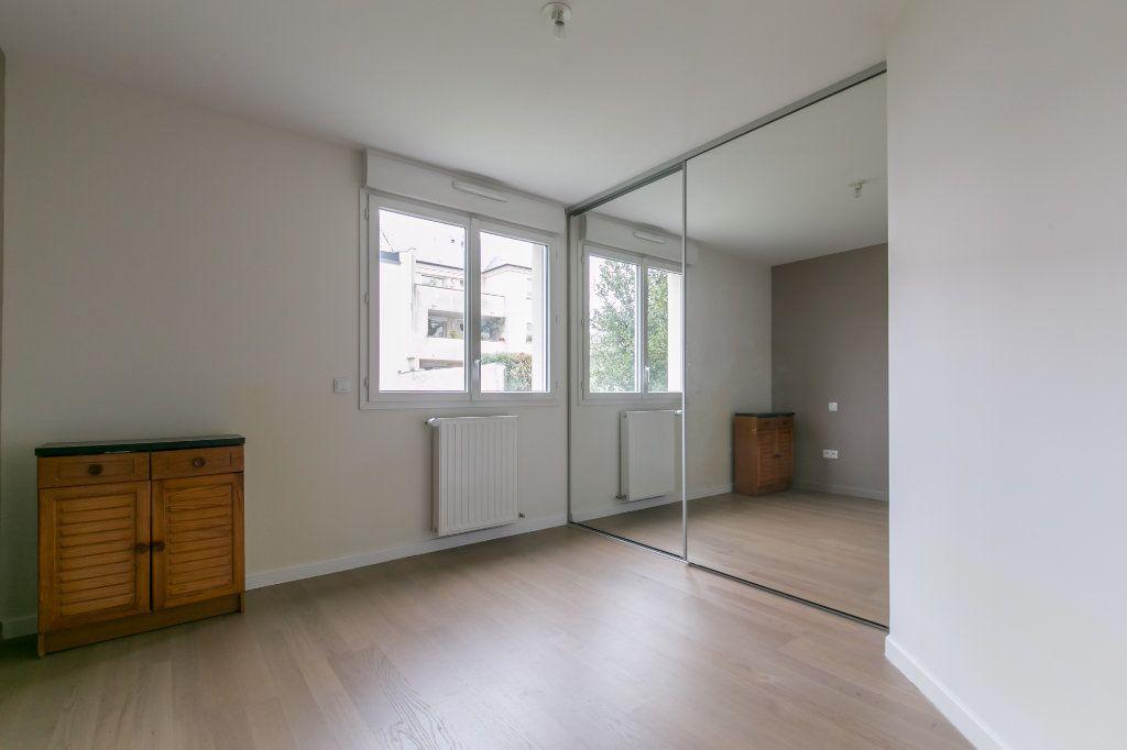 Appartement à vendre 3 68.26m2 à La Varenne - Saint-Maur-des-Fossés vignette-10